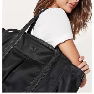 Lululemon | Everywhere Bag 23L Black